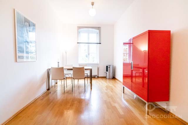 3-Room-Apartment with 2 Bedrooms and  Garden in Mitte