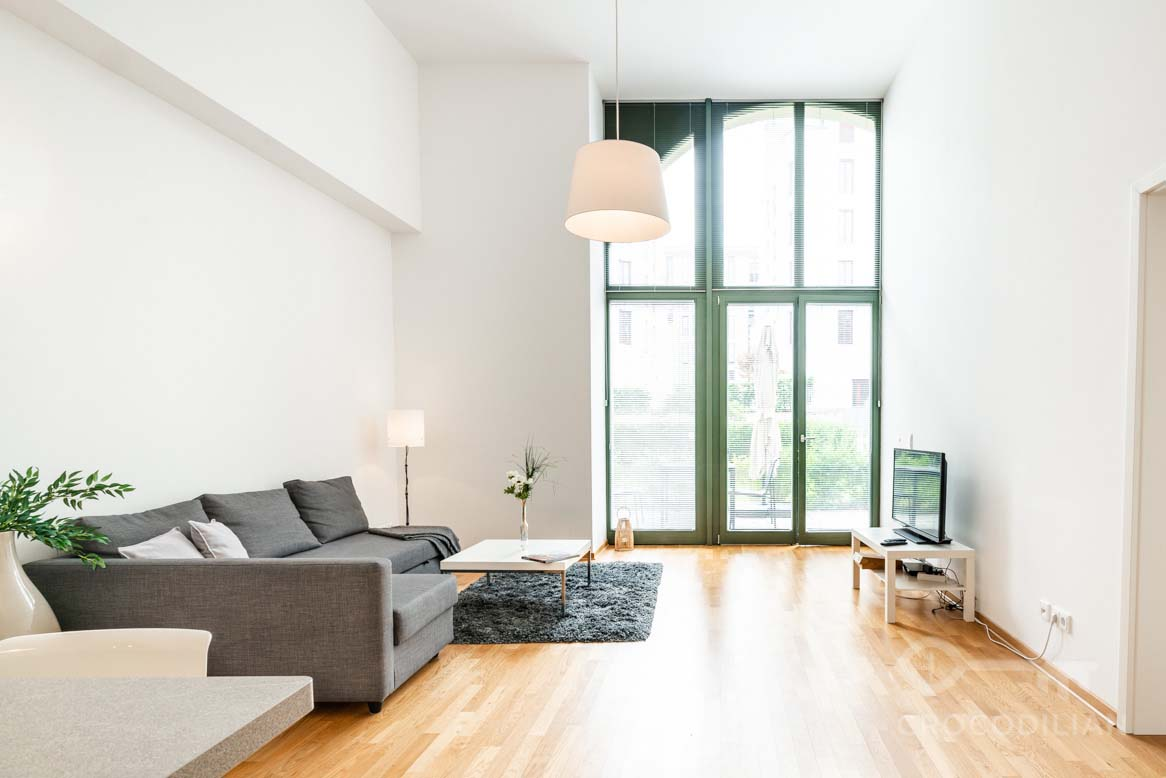 2-Room Loft, Parking, near Viktoriapark, Tivoliplatz