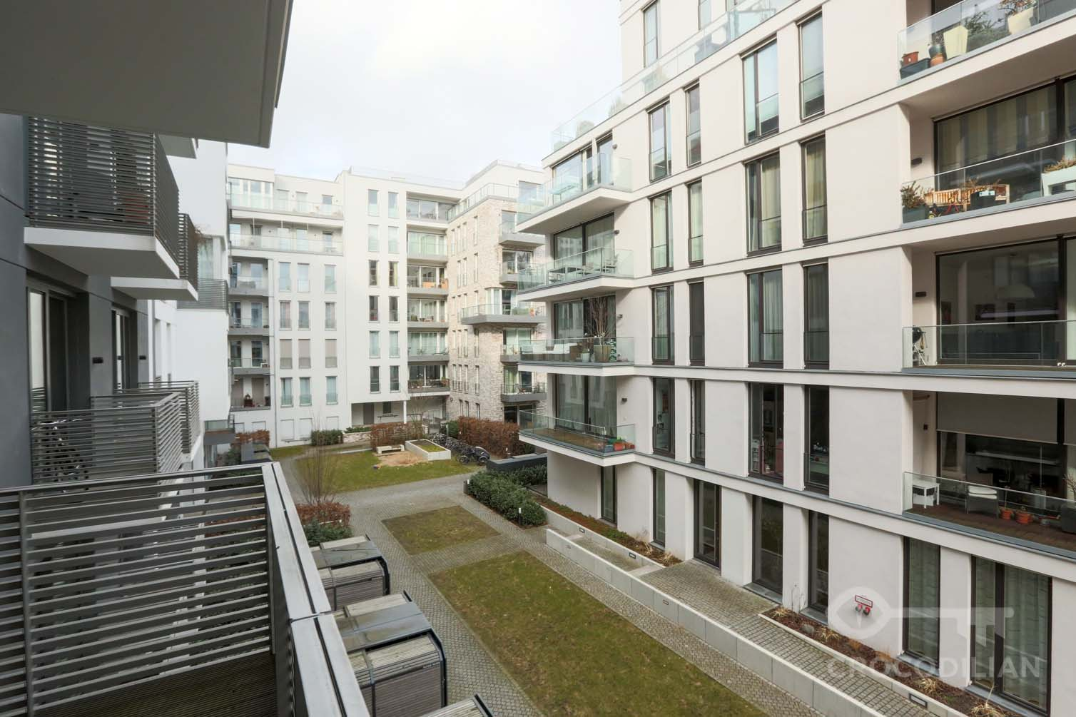 Modern 2-Room-Apartment with Balcony, Zehdenicker Str.