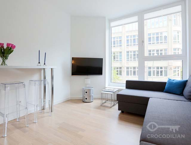 2-Room Apartment with Gym in Mitte