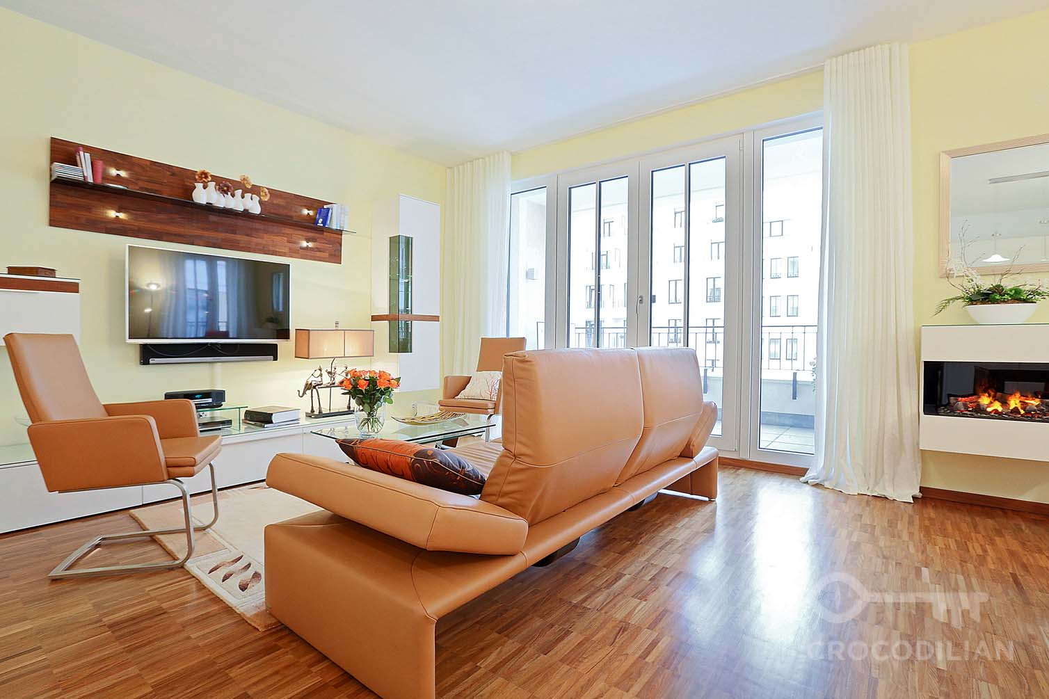 Luxury 2-Room Flat with Balcony, Parking,  Beuthstr.