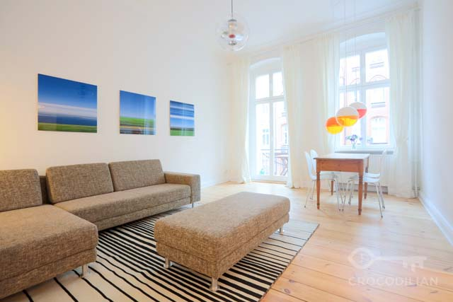 Spacious 2,5 Room Flat with Balcony in Mitte