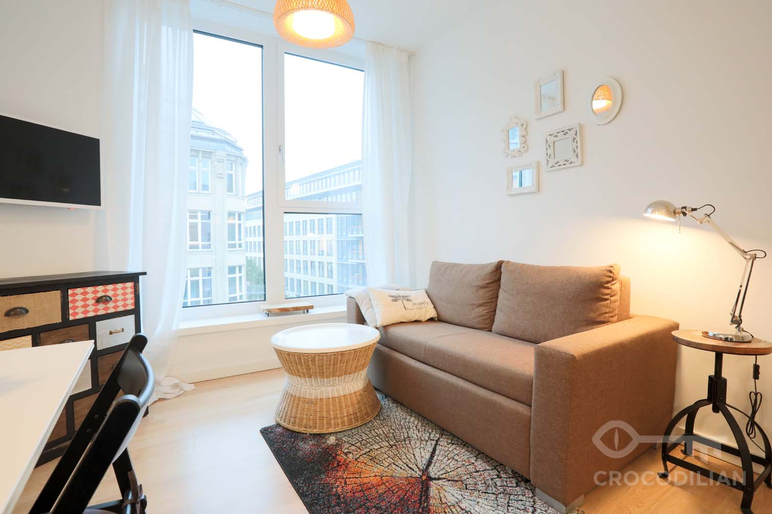 Modern 2- Room Flat in new Building, very centrally located, with private Gym, Chausseestr.