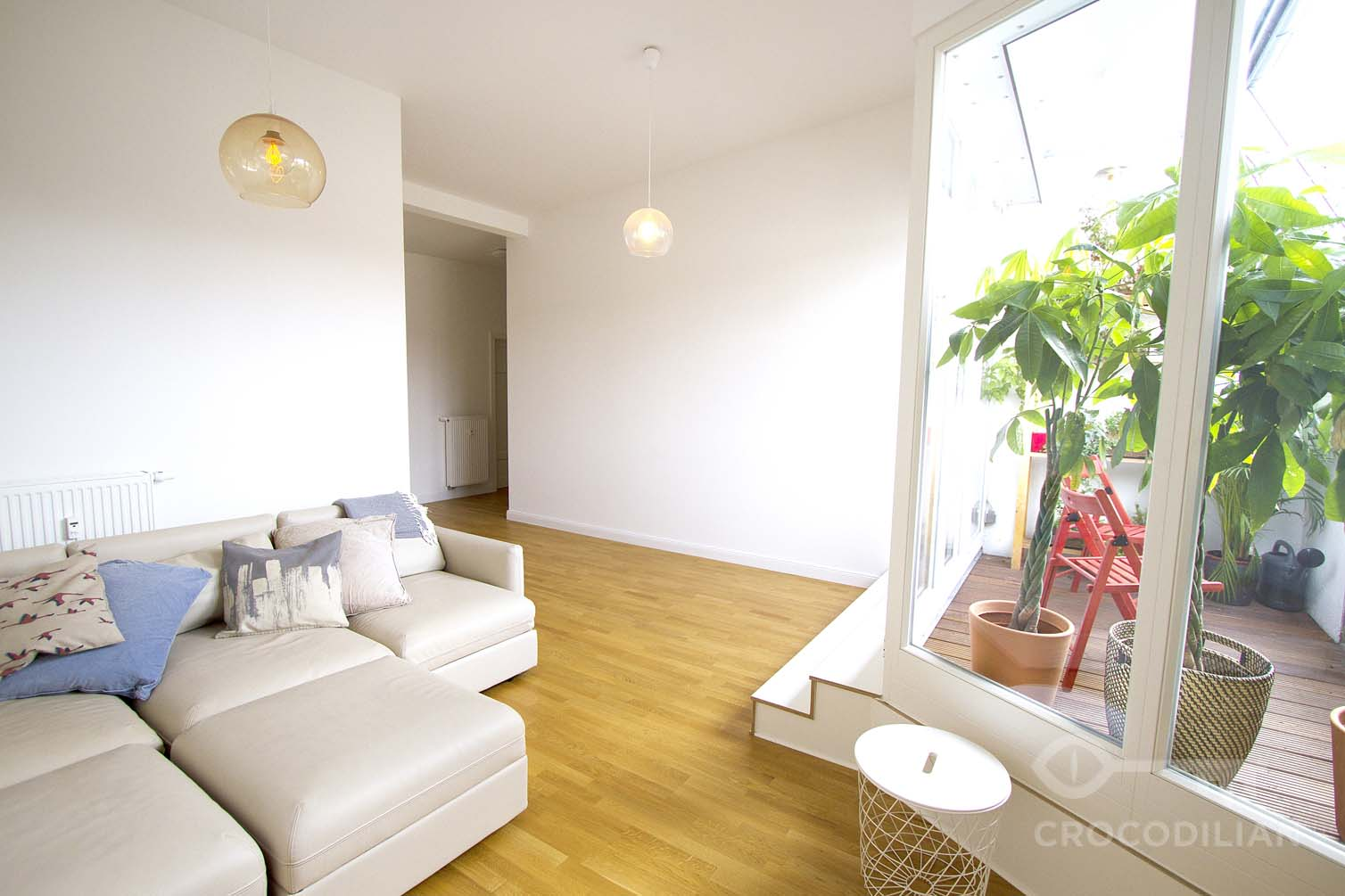 Minimalistic 3-Room-Apartment with 2 Bedrooms and stunning roof terrace in Rostocker Str.