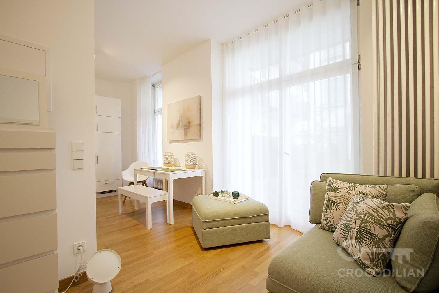 Stylish Flat with spacious Terrace near Potsdamer Pl.